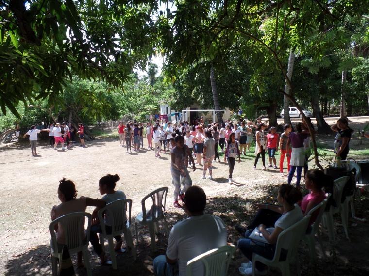 gincana acampamento moças